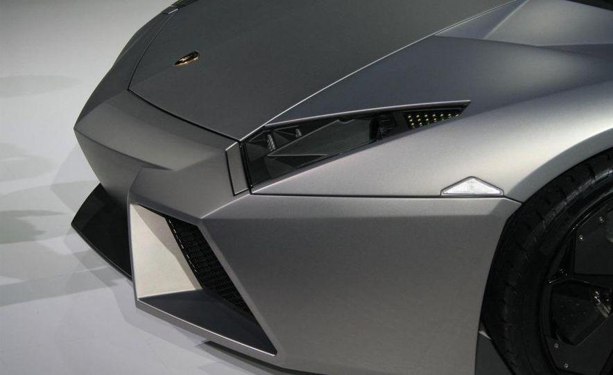 2010 Lamborghini Reventón roadster - Slide 33