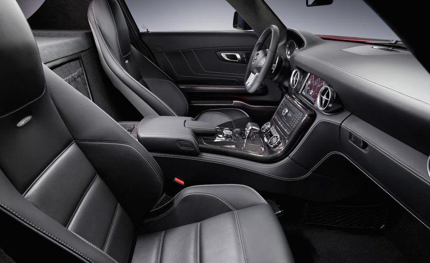 2011 Mercedes-Benz SLS AMG grille badge - Slide 56