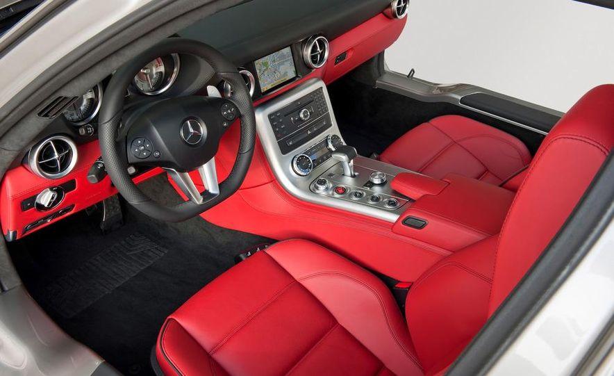 2011 Mercedes-Benz SLS AMG grille badge - Slide 72