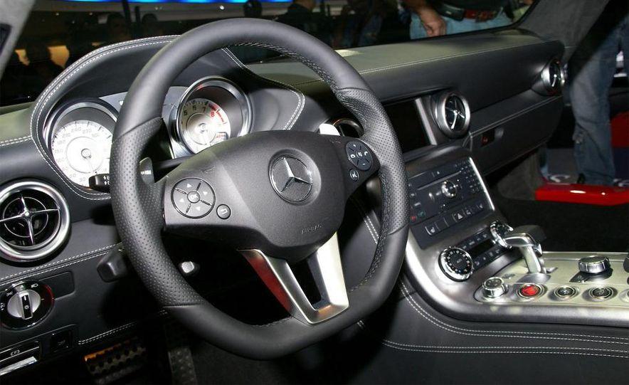 2011 Mercedes-Benz SLS AMG grille badge - Slide 33