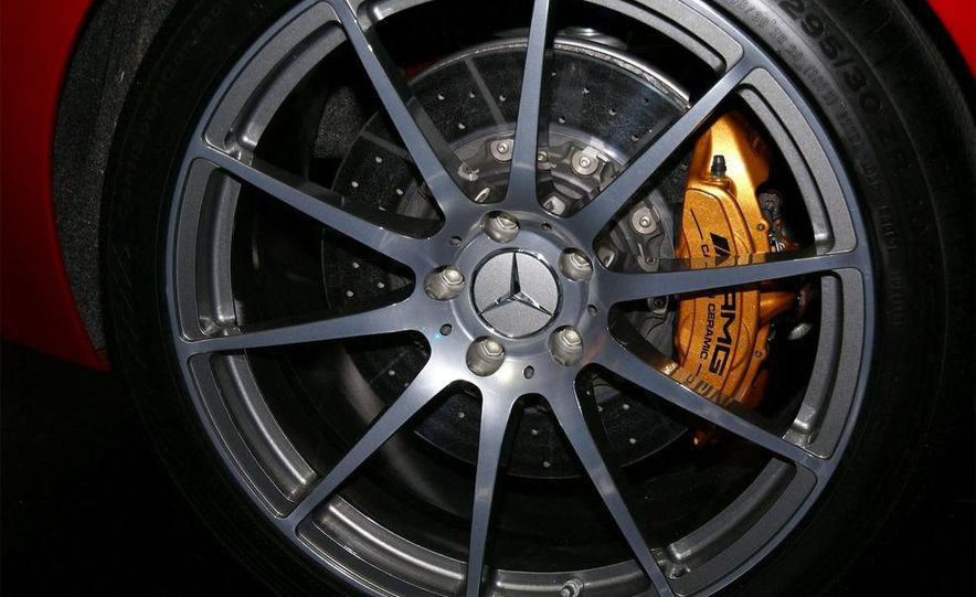 2011 Mercedes-Benz SLS AMG grille badge - Slide 11