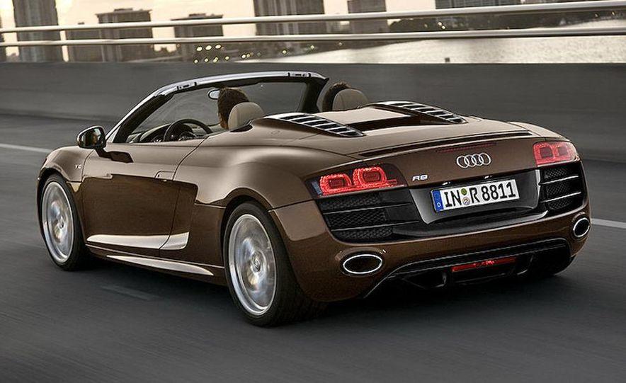 2011 Audi R8 Spyder 5.2 V-10 FSI Quattro - Slide 4