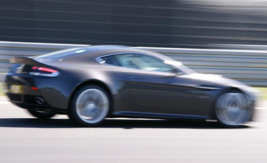 2010 Aston Martin V12 Vantage - Slide 7