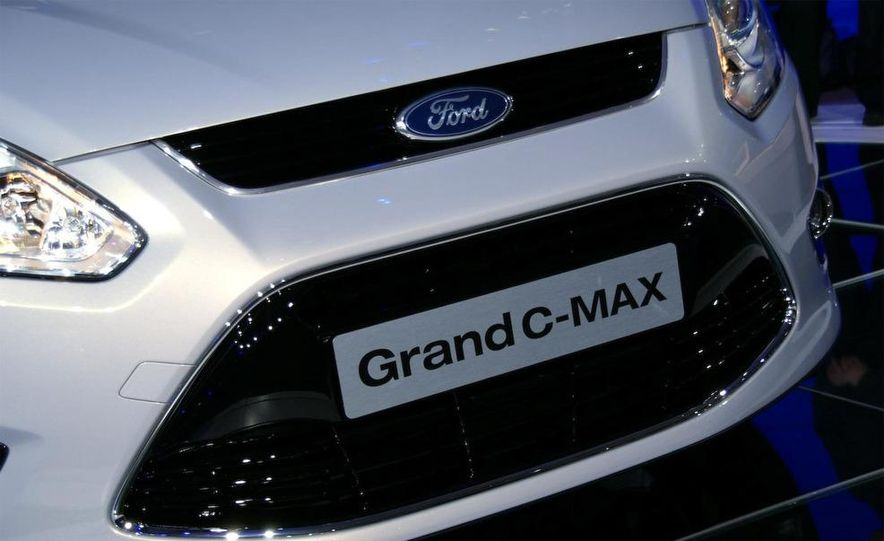 2012 Ford Grand C-Max - Slide 7