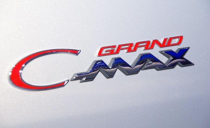 2012 Ford Grand C-Max - Slide 15