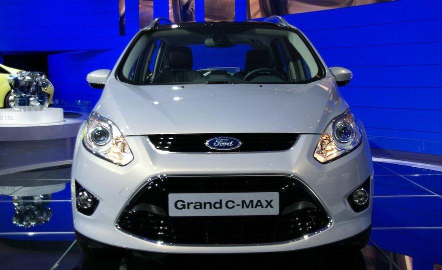 2012 Ford Grand C-Max - Slide 1