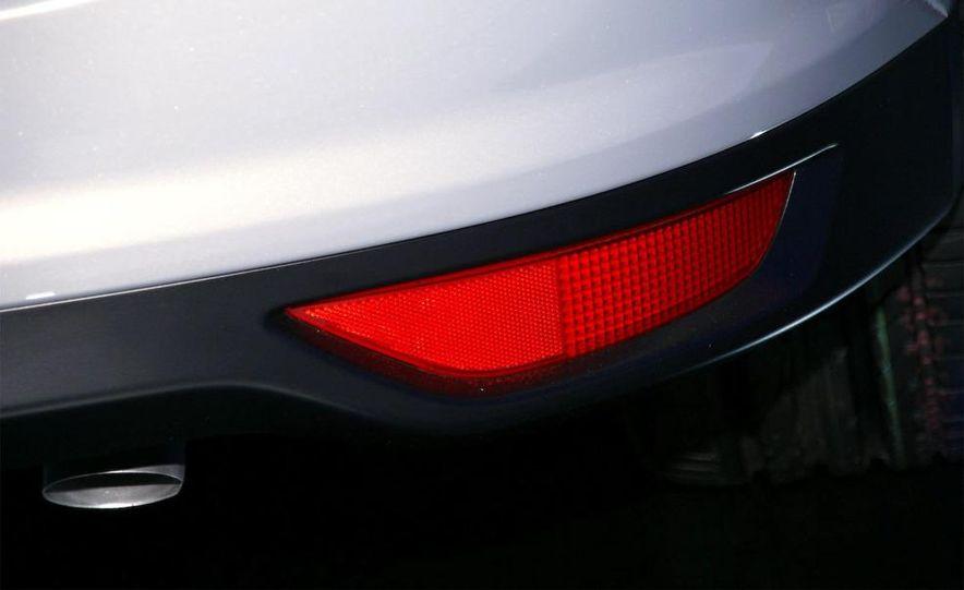 2012 Ford Grand C-Max - Slide 18