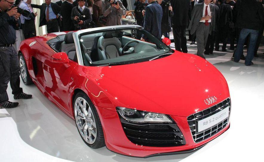 2011 Audi R8 5.2 V-10 FSI Quattro Spyder - Slide 27