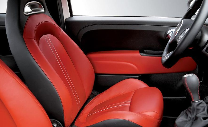 2010 Fiat 500 Abarth 695 Tributo Ferrari - Slide 50