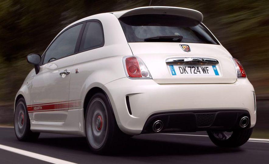 2010 Fiat 500 Abarth 695 Tributo Ferrari - Slide 38