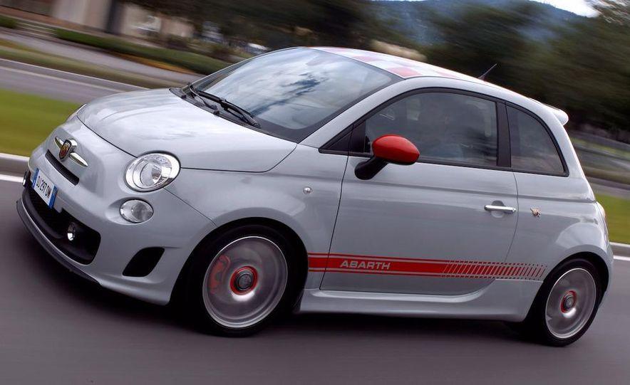 2010 Fiat 500 Abarth 695 Tributo Ferrari - Slide 40