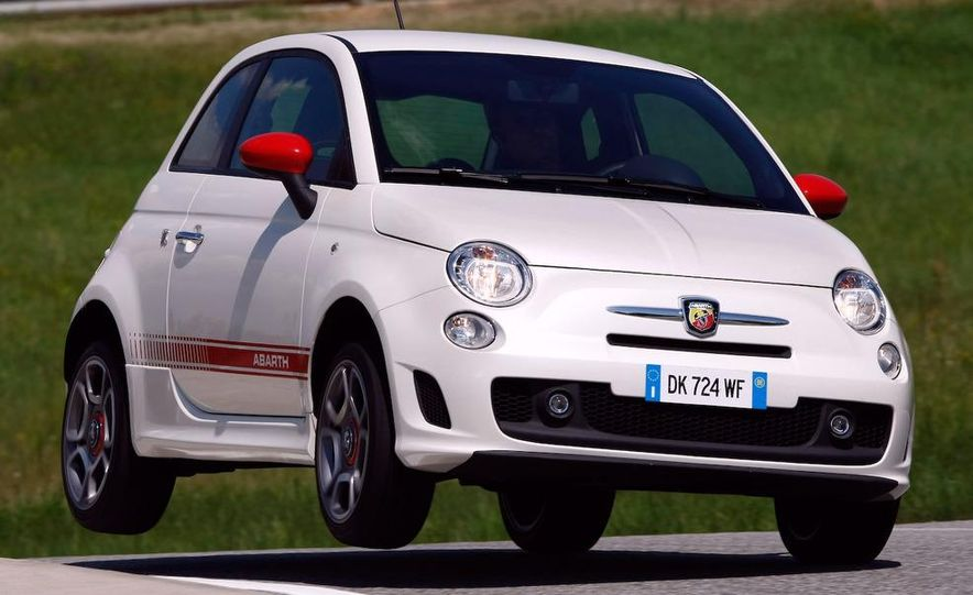 2010 Fiat 500 Abarth 695 Tributo Ferrari - Slide 42