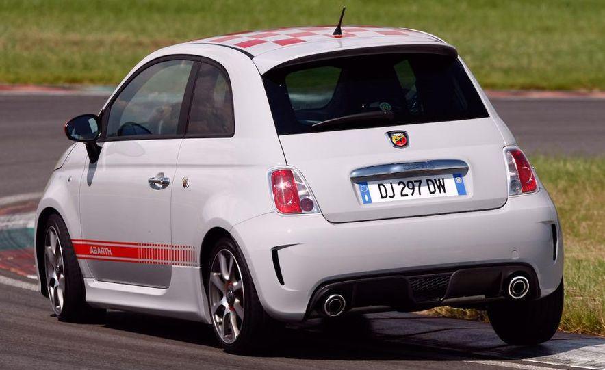 2010 Fiat 500 Abarth 695 Tributo Ferrari - Slide 46