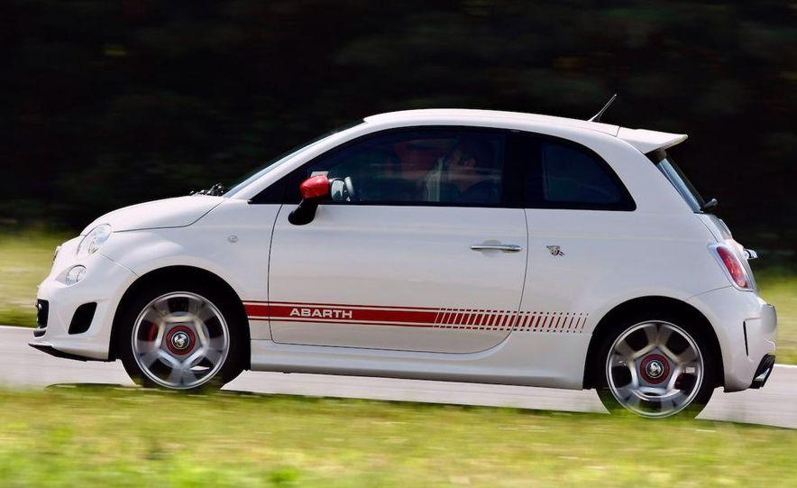 2010 Fiat 500 Abarth 695 Tributo Ferrari - Slide 47