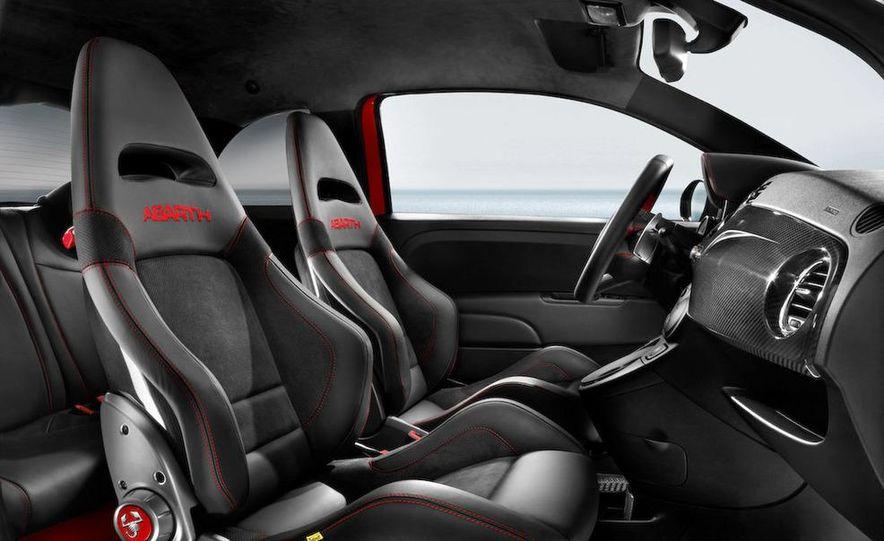2010 Fiat 500 Abarth 695 Tributo Ferrari - Slide 28