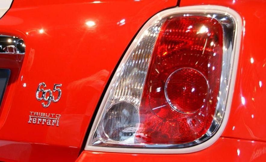 2010 Fiat 500 Abarth 695 Tributo Ferrari - Slide 13