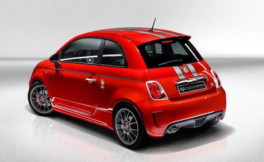 2010 Fiat 500 Abarth 695 Tributo Ferrari - Slide 27