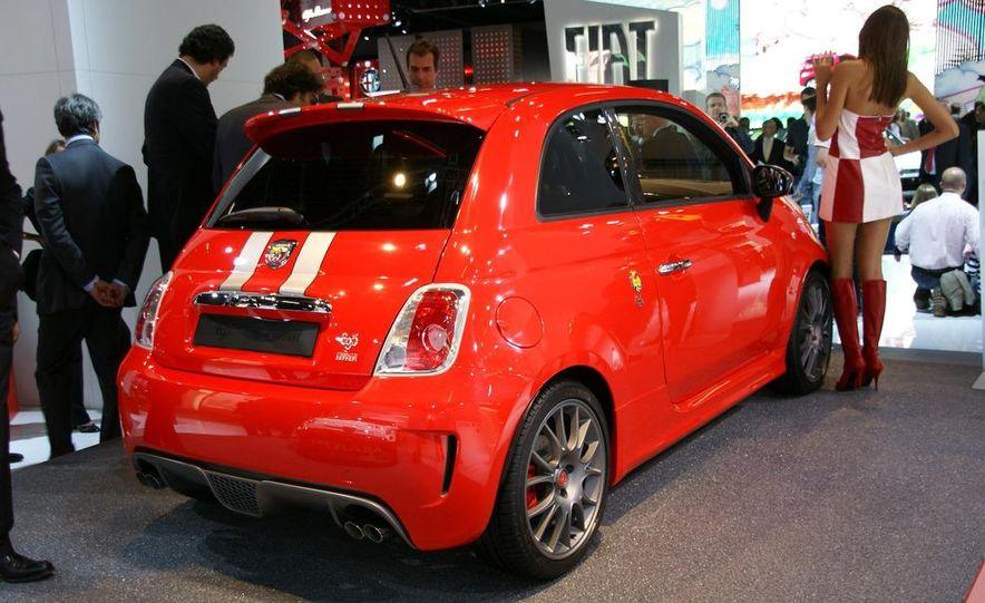 2010 Fiat 500 Abarth 695 Tributo Ferrari - Slide 5