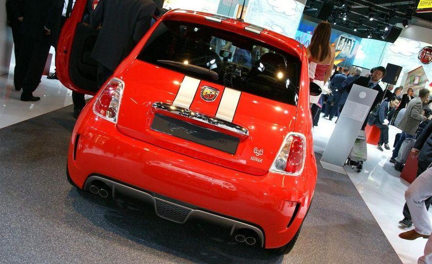 2010 Fiat 500 Abarth 695 Tributo Ferrari - Slide 6