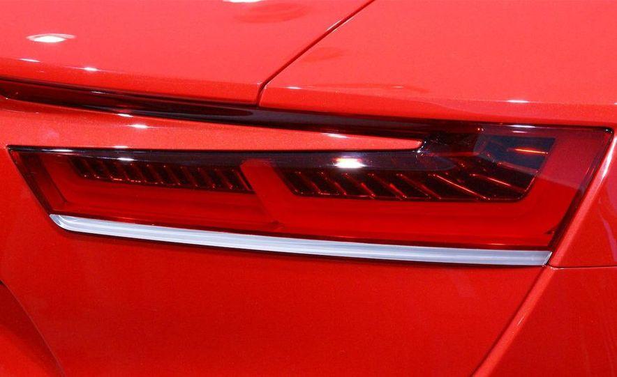 Audi E-Tron concept LED headlight - Slide 21