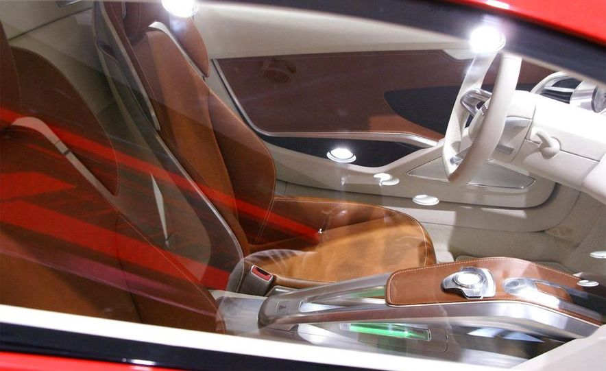Audi E-Tron concept LED headlight - Slide 13