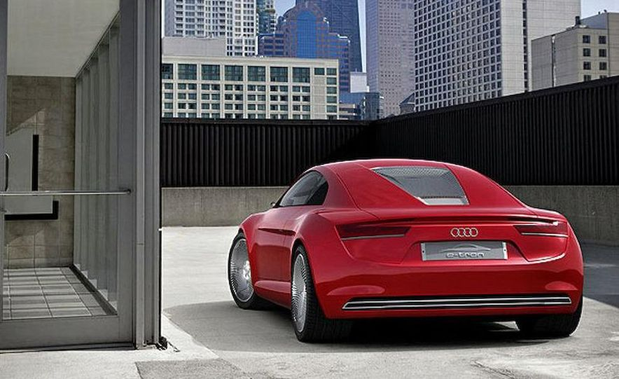 Audi E-Tron concept LED headlight - Slide 37