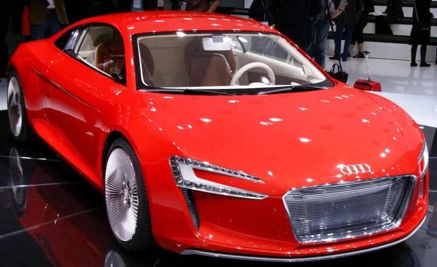 Audi E-Tron concept LED headlight - Slide 18