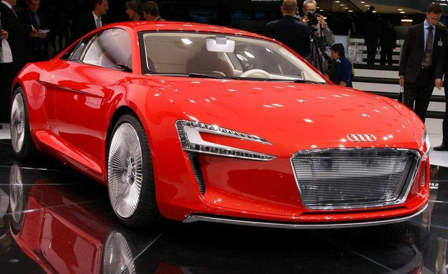 Audi E-Tron concept LED headlight - Slide 20