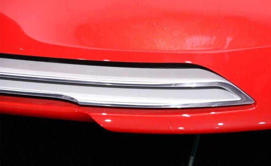 Audi E-Tron concept LED headlight - Slide 27