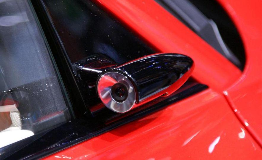 Audi E-Tron concept LED headlight - Slide 11