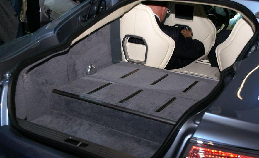 2011 Aston Martin Rapide - Slide 15
