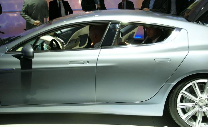 2011 Aston Martin Rapide - Slide 10