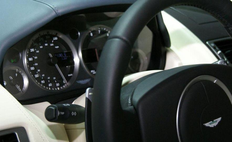 2011 Aston Martin Rapide - Slide 21