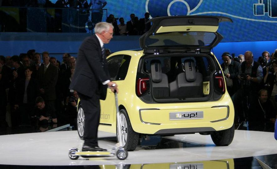 Volkswagen E-Up! concept - Slide 20