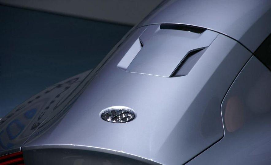 Volkswagen L1 concept - Slide 10