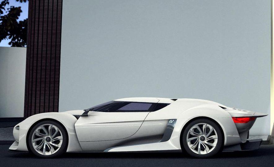 2011 Aston Martin Rapide - Slide 33