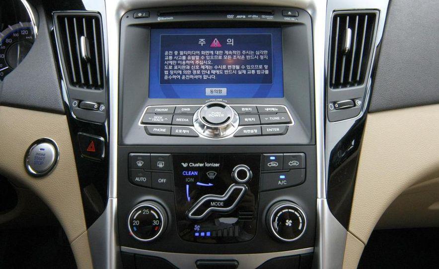 2011 Hyundai Sonata - Slide 22