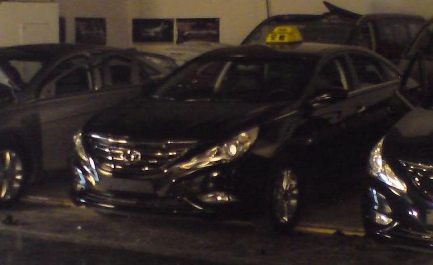 2011 Hyundai Sonata - Slide 29