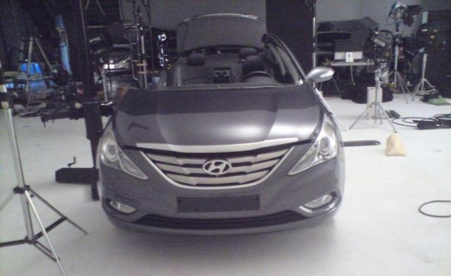 2011 Hyundai Sonata - Slide 30
