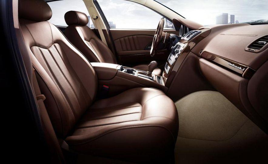 2009 Maserati Quattroporte S - Slide 9