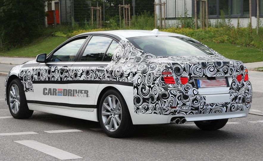2011/2012 BMW M5 (spy photo) - Slide 19