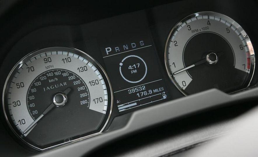 2009 Jaguar XF Supercharged - Slide 16