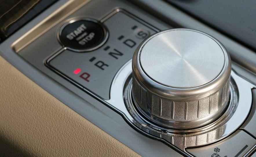 2009 Jaguar XF Supercharged - Slide 21