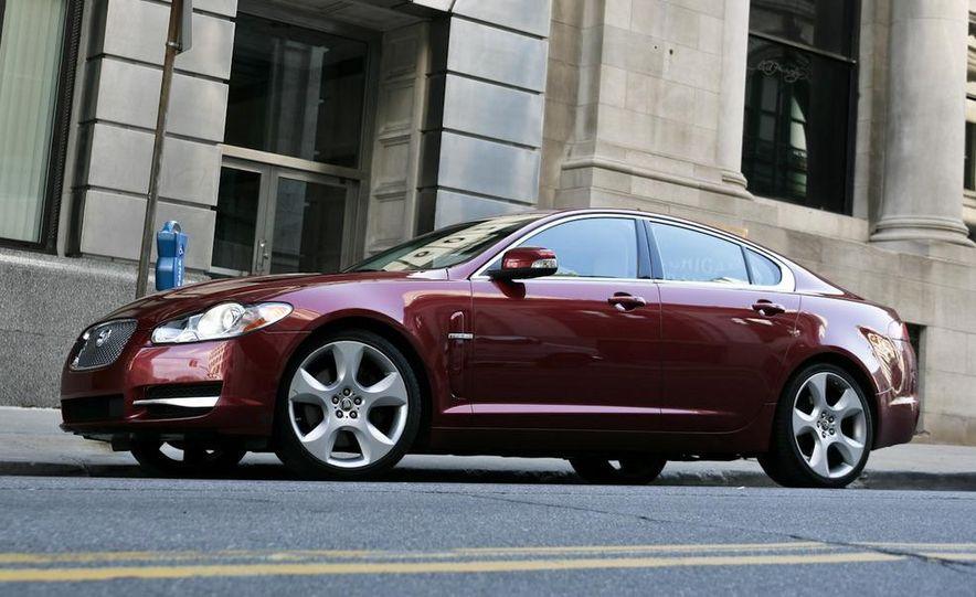 2009 Jaguar XF Supercharged - Slide 9