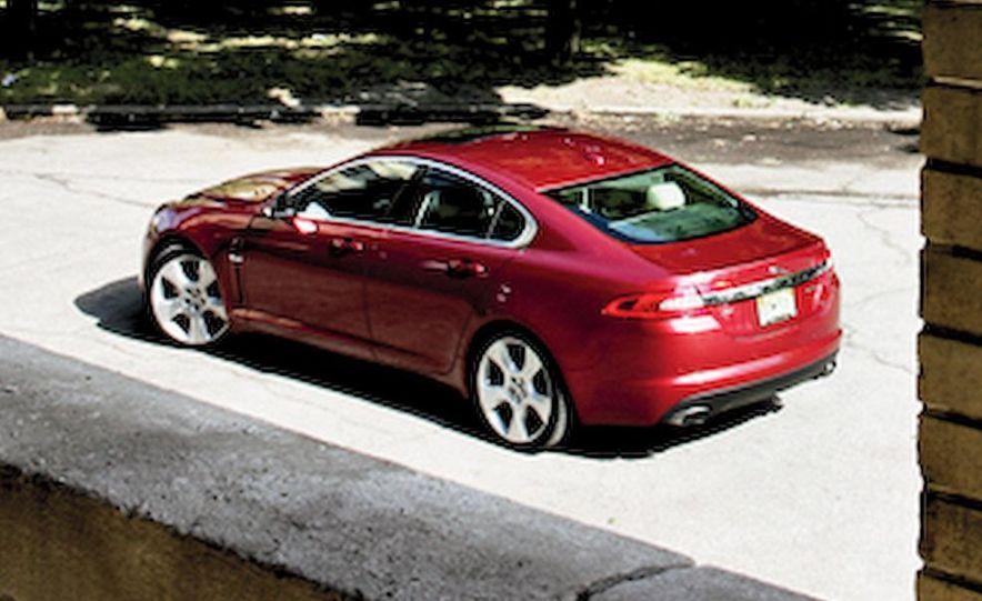 2009 Jaguar XF Supercharged - Slide 10