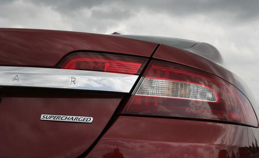 2009 Jaguar XF Supercharged - Slide 14