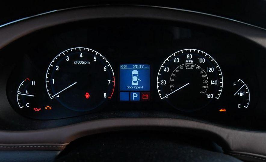 2009 Hyundai Genesis 4.6 - Slide 29