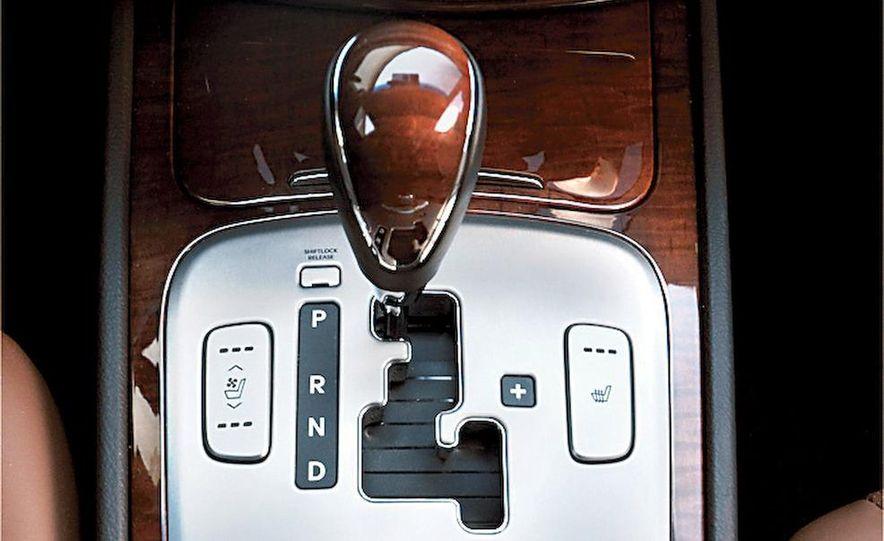 2009 Hyundai Genesis 4.6 - Slide 28