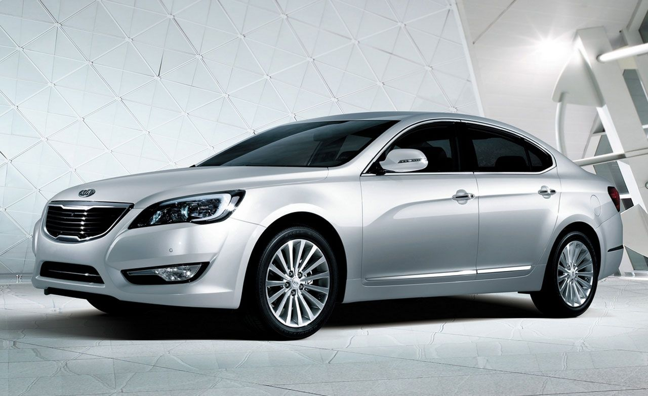 Kia Cadenza 2011 >> New And Used Car Reviews Car News And Prices Car And Driver