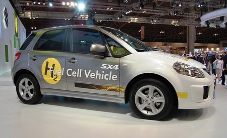Suzuki SX4 Fuel-Cell Vehicle Concept